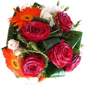 Inviare online Bouquet Lally