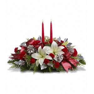 Inviare online centrotavola natalizio con candele - Centro tavola natalizio con pigne ...